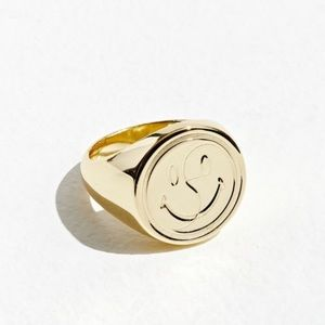 Chinatown Market x Smiley Signet Ring (New)